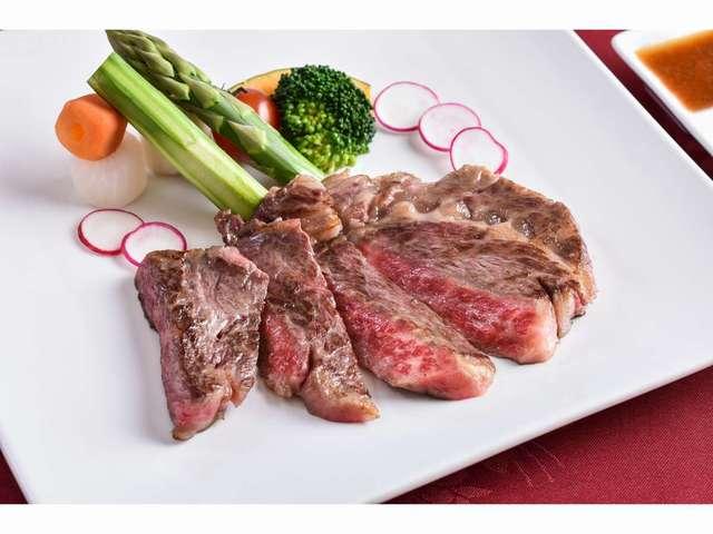 グレードアップメニュー:とちぎ和牛のステーキは脂の乗ったジューシーな味わい!4000円から
