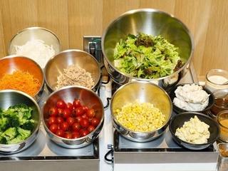 [one dish] Breakfast, lunch buffet/fresh salad corner
