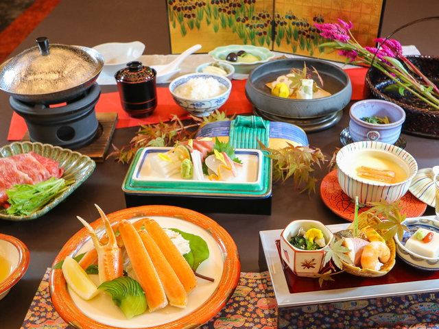 花菖蒲会席(写真はイメージです) ※当日の仕入れ状況により、料理内容が変更になる場合がございます。
