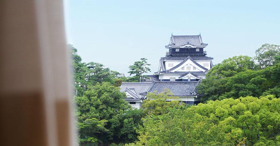 客室から見える岡崎城